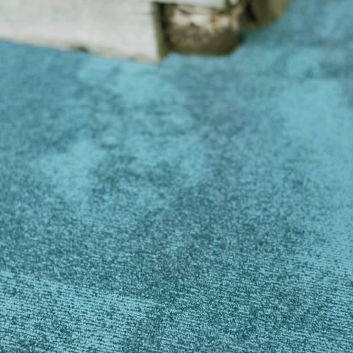 420M CloseUp carpet StoneAge 150 BLUE 1