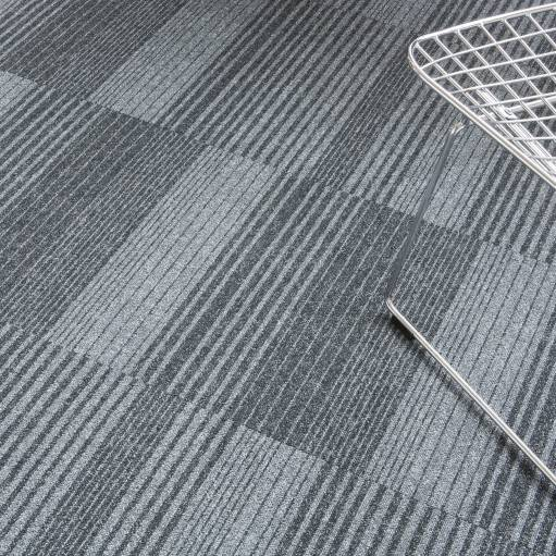 460U CloseUp carpet Season Lines 941 GREY 1