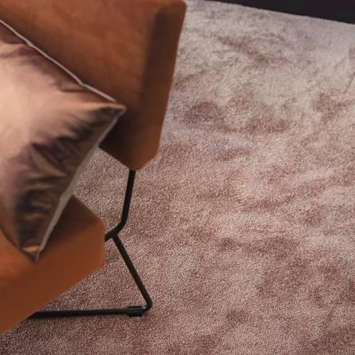 4A3I CloseUp carpet Sweet Dreams 530 RED 1