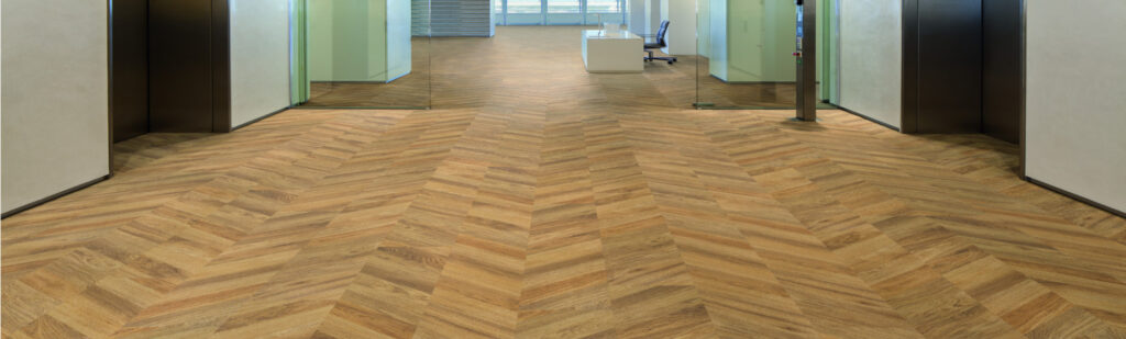 EXPONA COMMERCIAL wood na strone kolekcji 1